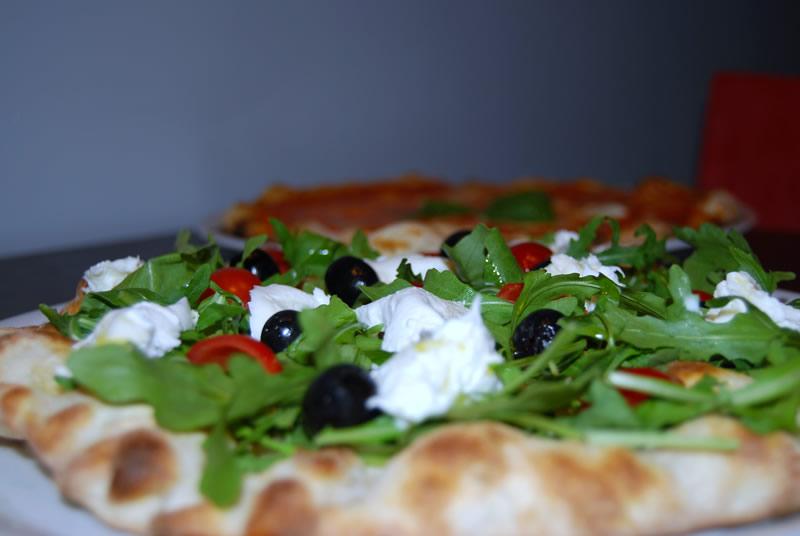 """Mangiare Pizza zona Appia Roma """" Robipizza """""""